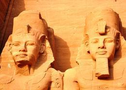 Tour por Egipto con Abu Simbel